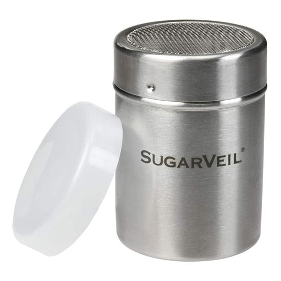 Shaker with lid